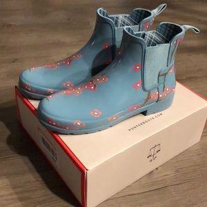 Hunter Chelsea blossom print boots